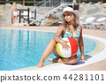 girl at swimming pool 44281101