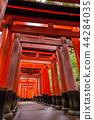 ฟุชิมิอินาริไทชา,โทรี,แท่นบูชา ศาล 44284035