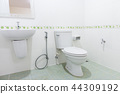 bathroom 44309192