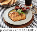 Dutch schnitzel with baked beetroot 44348012