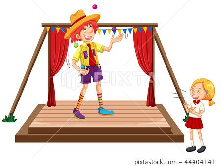 Children watching juggling show 44404141