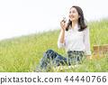 ผู้หญิงที่กินข้าวปั้น 44440766