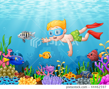 Little boy diving in the sea 44462597