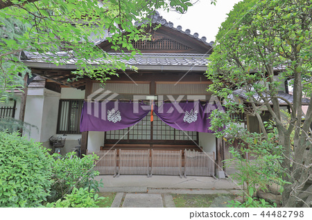 Choken ji temple at Fushimi Momoyama kyoto 44482798