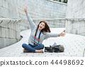 年轻的女人,大学生,韩国,旅行,石墙,相机,首尔 44498692