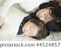 낮잠 부모와 자식 44524857