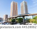 빌딩을 달리는 도쿄 모노레일 44528062