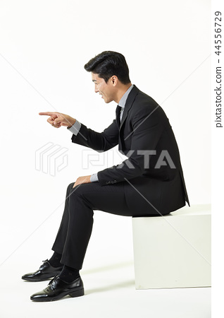 한국인,남자,비지니스,정장 44556729