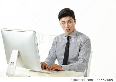 한국인,남자,비지니스,정장 44557669
