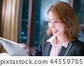 woman use digital tablet 44559765