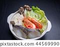 การปรุงอาหารหม้อไฟหม้ออาหารทะเลก่อนที่ความร้อน 44569990
