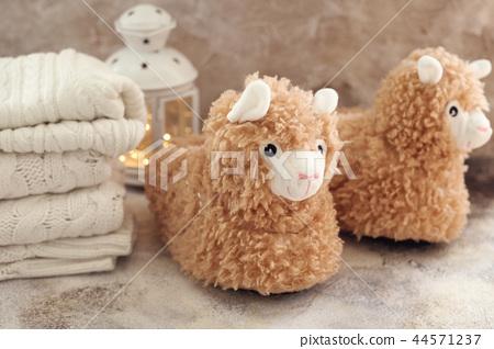 llama trendy slippers soft pastel colours beige 44571237
