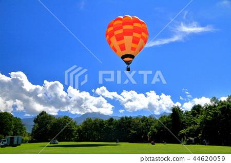 Hot air balloon of Yatsugatake farm 44620059