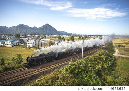 아키타 현 다이센시 설악산 · 大平山와 SL 미인 호 44628635