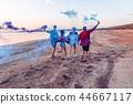 beach, men, women 44667117