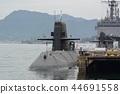 해상 자위대 우 기지의 오야시오 급 잠수함 44691558