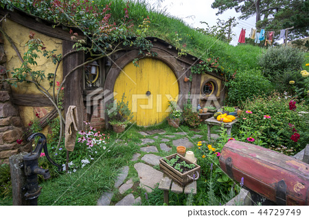hobbit holes 44729749