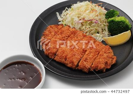 Pork cutlet 44732497