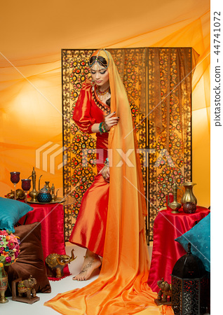 beautiful arabic style bride in ethnic clothes 44741072