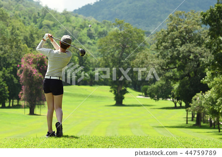 Asian woman playing golf  44759789