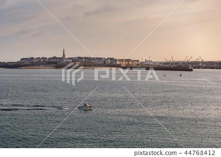 French landscape - Bretagne 44768412