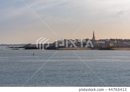 French landscape - Bretagne 44768413