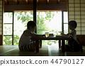做家庭作業的男孩暑假 44790127
