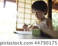 做家庭作業的男孩暑假 44790175
