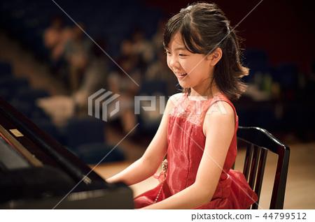 鋼琴演奏會 44799512