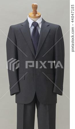 suit 44847185