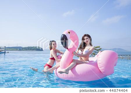 Summer Vacation of beautiful women,having fun in the water 235 44874404