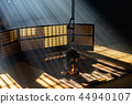 Glow and Japanese-style room 44940107