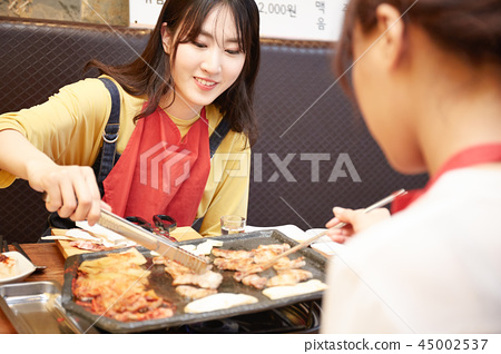 韓國女孩旅行韓國食品 45002537