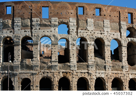 Coloseum against bright bluse sky in Rome Italy 45037302