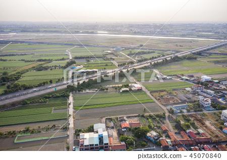 台灣農田空拍鄉村聚落 冬天空汙 aerial view air pollution 大気汚染  45070840