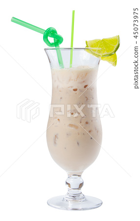 apple smoothie decorated with lime 45073975
