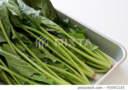 Spinach unwashed 45091185