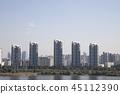 도시의 건물 45112390