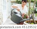 园艺的女人 45129532