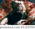 의자, 걸상, 여자 45129760