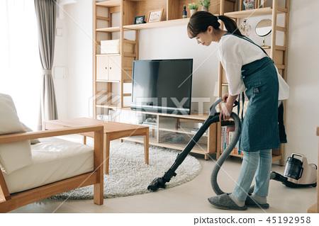 진공 청소기 30 대 주부 일본인 여성 45192958