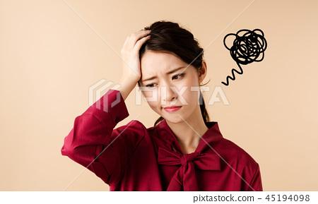 沮喪的女人 45194098