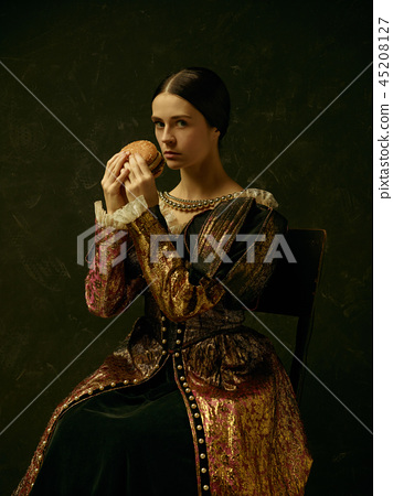 Portrait of a girl wearing a retro princess or countess dress 45208127