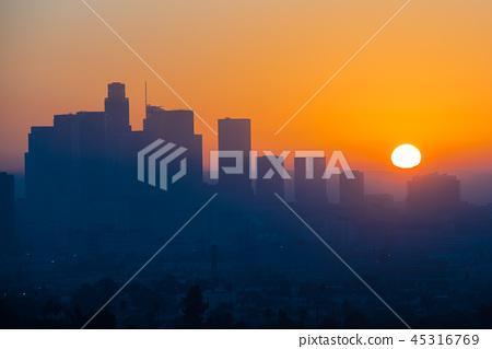 Amazing Sunset scene of Los Angeles California, 석양 45316769