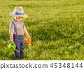 เด็กเล็ก,ทุ่งหญ้า,สนามหญ้า 45348144