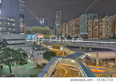 a kwun tong down town at night 45361710