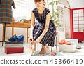 여성 쇼핑 즐기기 45366419