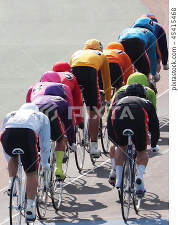 上升軌道賽車自行車賽車為騎自行車 45415468