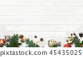 背景白色牆壁聖誕節裝飾品 45435025