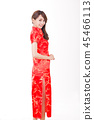 一個穿著中國服裝的女人 45466113